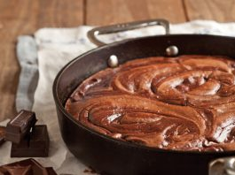 Chocolate-Fudge-Cake-Recipe.jpg