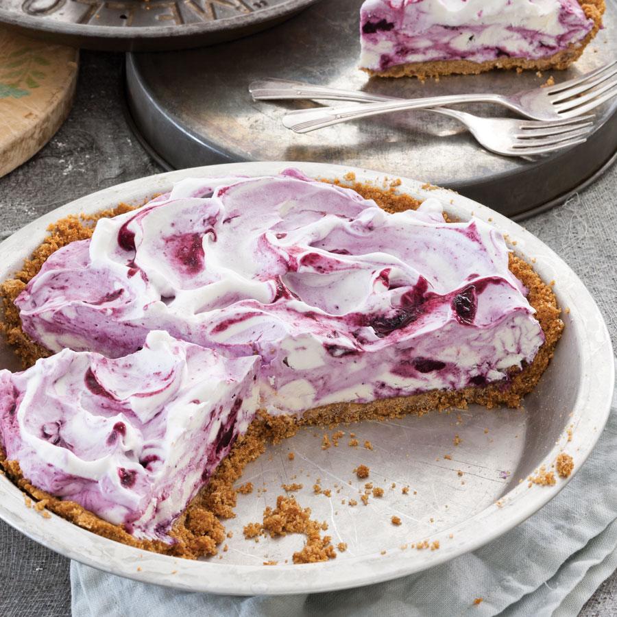 Frozen-Blueberry-Cream-Pie