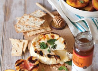 Grilled-Brie-with-Peaches