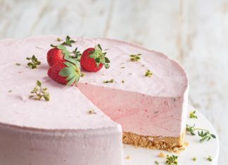 Frozen-Strawberry-Yogurt-Pie-Recipe.jpg