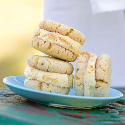 Old-Fashioned-Peach-Ice-Cream-Sandwiches-Recipe.jpg