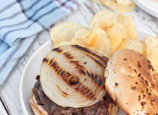 Blue-Cheese-Buffalo-Burgers-Recipe