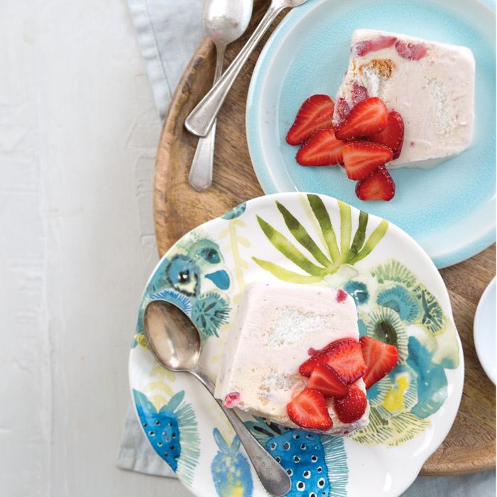 Strawberry-Ice-Cream-Cake