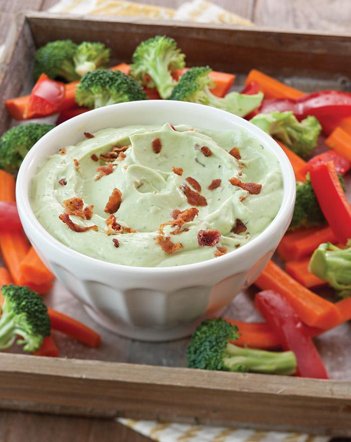 Creamy Avocado and Bacon Dip Recipe