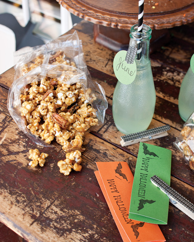 Spiced Caramel Corn and Nut Mix - Taste of the South Magazine