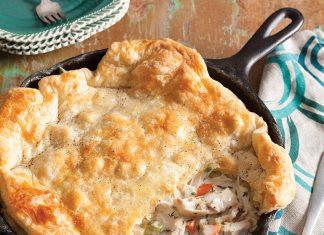 Cast Iron Chicken pot Pie