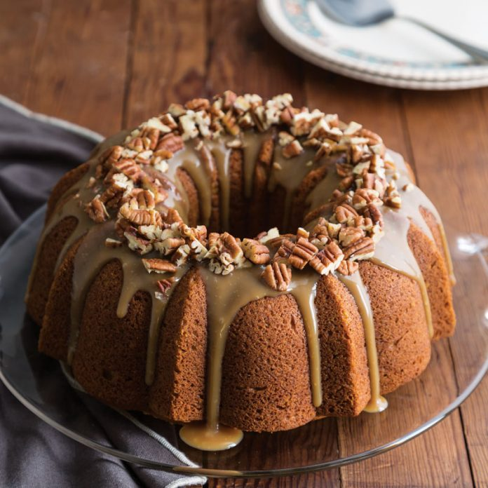 Pumpkn Bundt Cake with Toffee Sauce